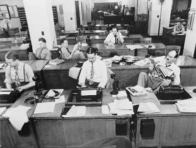 ¿La Información Nos Hará Libres? De La Promesa A La Sumisión Del Periodismo